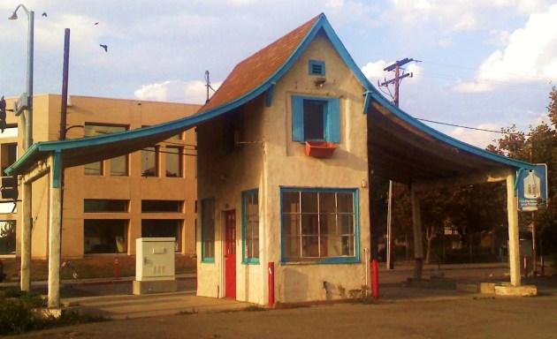Flying Nun building (2)