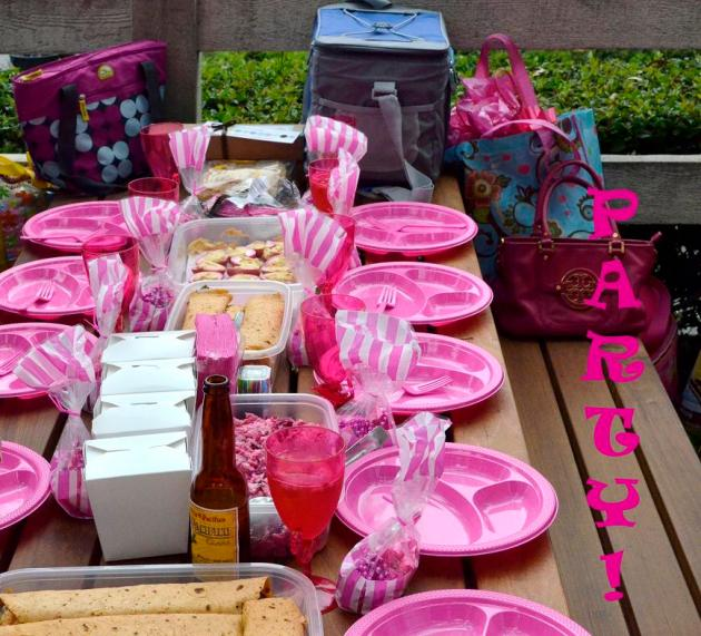 Party Party Pink Martini Style (2)