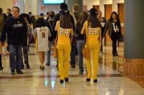 Lakers at Honda Center (7)