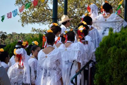 Costumes of Olvera Street (12)