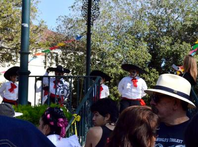 Costumes of Olvera Street (5)