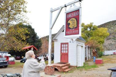 Hawk's Head in Oak Glen (2)