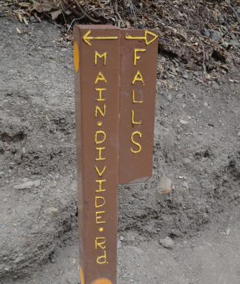 Hiking Holy Jim Trail (8)