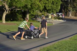 Kids on the Move (4)