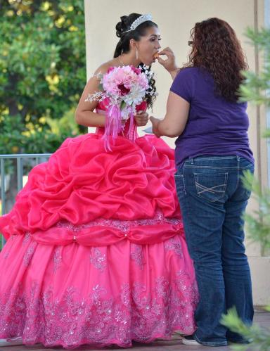 Quinceanera Tiny Bite