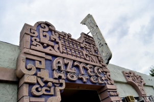 Aztec Hotel on old Route 66 (5)