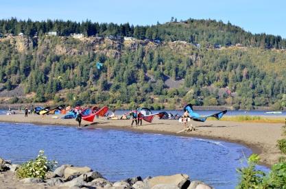 Parasailing Oregon's Columbia River Gorge (9)