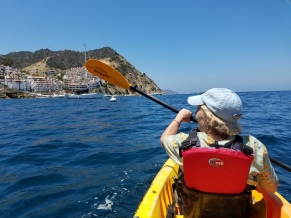 SueBee paddling along