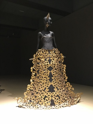 Gao Pei Exhibit at Bowers Museum (23)
