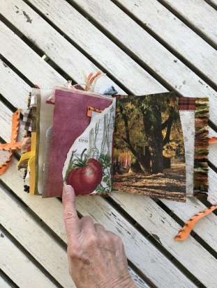 The Little Pumpkin Junk Journal (14)